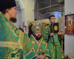 В день памяти преподобного Серафима Саровского ректор Общецерковной аспирантуры совершил Божественную литургию на Черниговском подворье